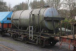 Milk Tank W3037 at Staverton.JPG
