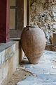 Minoan jar Knossos Palace.jpg