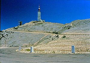 Petrarca-Preis - Southside limestone summit of Mont Ventoux.