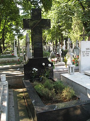 Corneliu Coposu - His grave at Bellu Catholic Cemetery