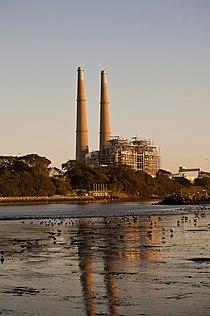 Moss Landing natural gas plant.jpg