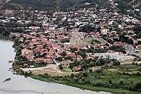 Mtskheta-10-von Jvari-Kirche-Araqvi-Mtkvari-2019-gje.jpg