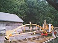 Narrow-gauge railway crane - geograph.org.uk - 1257190.jpg