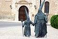 Nazarenos en Ocaña (Toledo) (34742357145).jpg