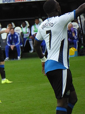 Moussa Sissoko - Sissoko faces Chelsea at St James' Park, 2015