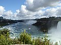Niagara Falls Rainbow Bridge en2017 (4).JPG