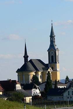 Niederkappel Pfarrkirche - Gesamt.jpg