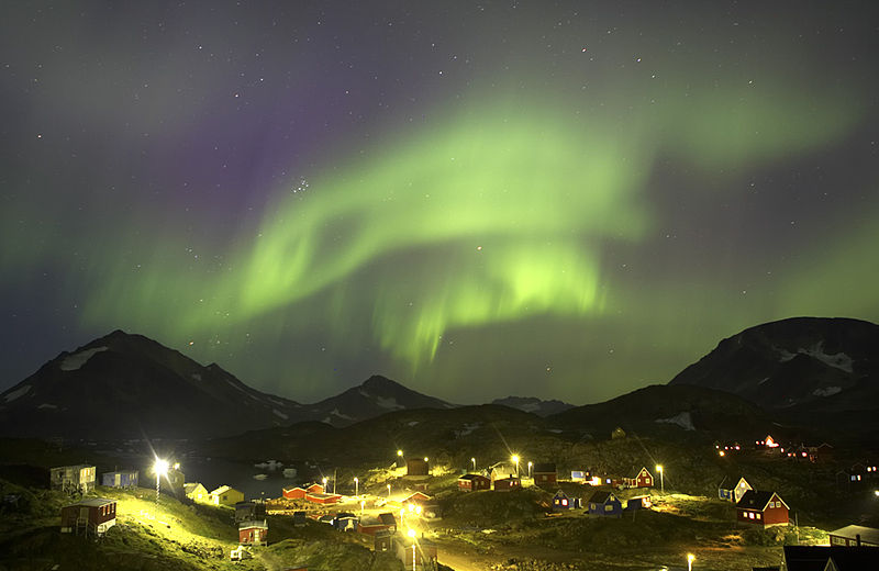 Fiileq:Northern Lights, Kulusuk.jpg
