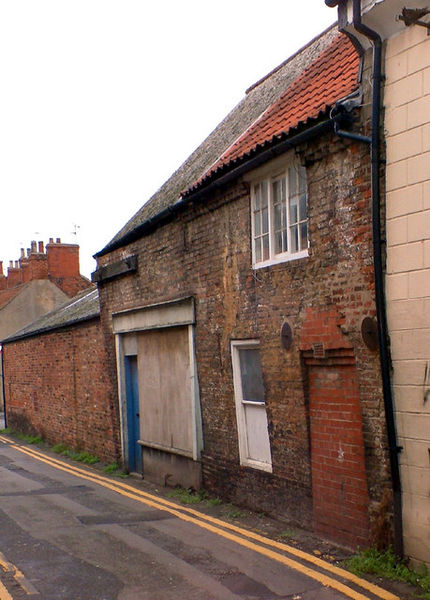 File:Old Cottage and Shop on Chapel Lane - geograph.org.uk - 268384.jpg