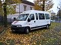 Olomouc, Václavské náměstí, minibus - Maltézská pomoc.jpg