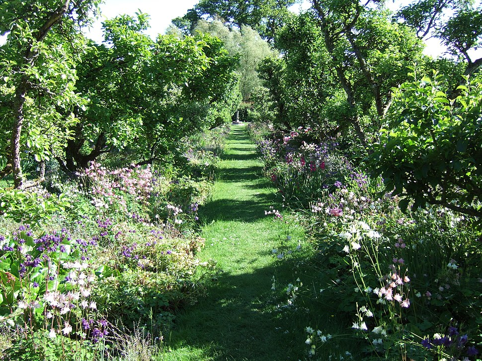 Orchard garden at Hergest Croft