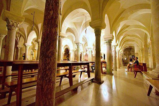 Otranto cathedral crypta 2