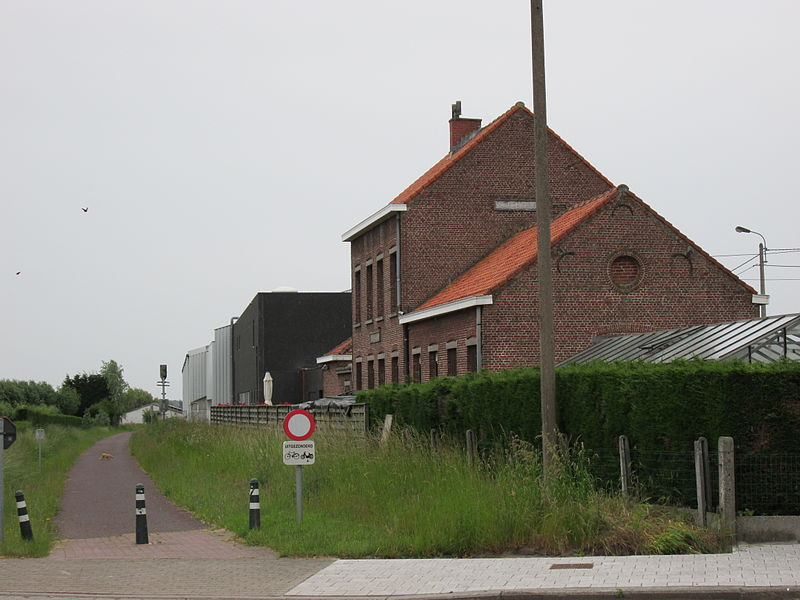 Het voormalig stationsgebouw van Sint-Jozef (De Geite) aan de Vrijbosroute, een fietspad waar vroeger spoorlijn 63 liep.