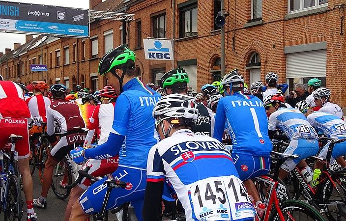 Oudenaarde - Ronde van Vlaanderen Beloften, 11 april 2015 (C08).JPG