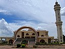 Outer view Kampala National mosque.jpg