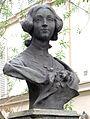 P1170948 Paris XI rue Clotilde-de-Viaux statue C.de Viaux rwk.jpg