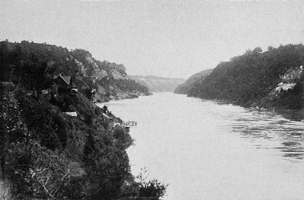 PSM V55 D161 Niagara gorge southbound view.png
