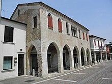 Palazzo Sagramora.