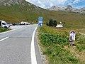 Panneaux cyclistes et C14 Col du Galibier ouvert au Lautaret.jpg