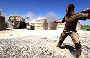 Panzerhaubitze 2000 im scharfen Schuss (Seil)