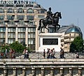 Paris.- statue équestre d'Henri IV.jpg
