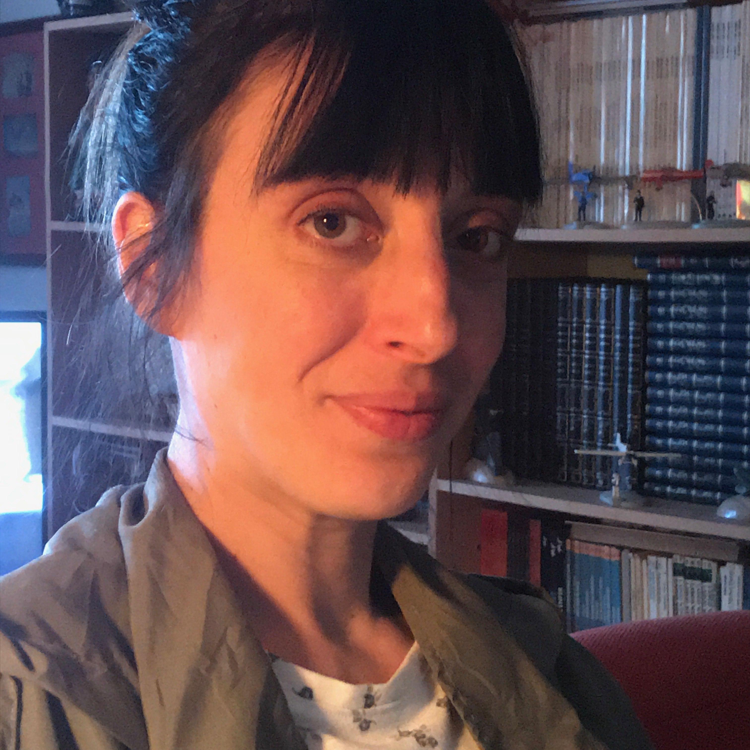 Watch Lara Roxx video