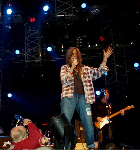 File:Patti Smith Live (Roskilde 1996) (3494680567).jpg