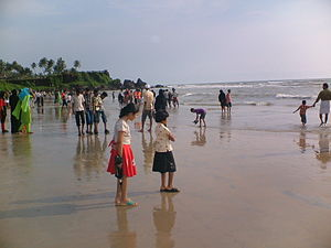 Kannur Beach - People at Payyambalam Beach