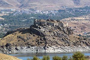 Pertek Castle - Image: Pertek Burg 1