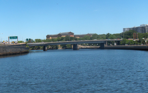Vine Street Expressway Bridge, looking upstream