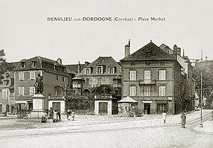 Marbot family - Place Marbot, Beaulieu-sur-Dordogne