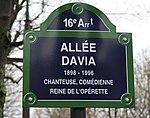 Plaque allée Davia, jardin du Ranelagh, Paris 16e.jpg