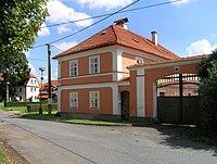 Pletený Újezd, Old Farm.jpg