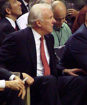 2005 NBA All-Star Game - Image: Pop sitting down