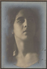 Portrait of Spanish-Hawaiian girl titled 'The Chieftess' 1909 (2).jpg