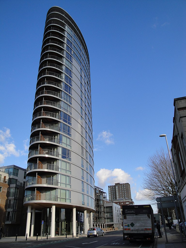 768px-Portsmouth_Admiralty_Tower_2.JPG?profile=RESIZE_400x