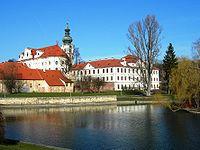 Praha Břevnov monastery from SE DSCN0284.JPG
