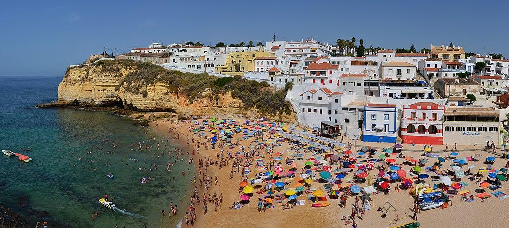 Plage de Carvoeiro en Algarve au Portugal - Photo de Tobi 87