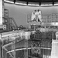 Prins Bernhard bezocht reactorcentrum Petten, de Prins op de brug, Bestanddeelnr 917-2073.jpg