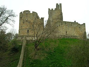 Prudhoe - Image: Prudhoe Castle geograph.org.uk 1254147