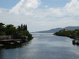 Rio Perequé, na Meia Praia