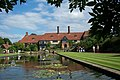 RHS Wisley House and Pond - geograph.org.uk - 812967.jpg