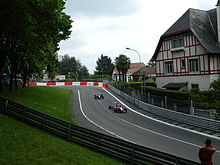 Photo de Raffaele Marciello devançant Carlos Sainz Junior lors du Grand Prix de Pau 2012.