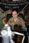 Reading helps deployed troops to stay in touch DVIDS492658.jpg