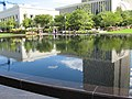 Reflecting Pool Temple Square - panoramio.jpg