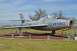 Republic F-84F Thunderstreak '9433 - FS-433' (29550941782).jpg