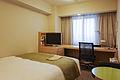 Richmond Hotel Premier Musashi-Kosugi single bedroom 20100618-001.jpg