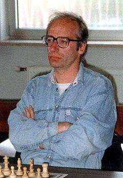 Robert Hübner-edit