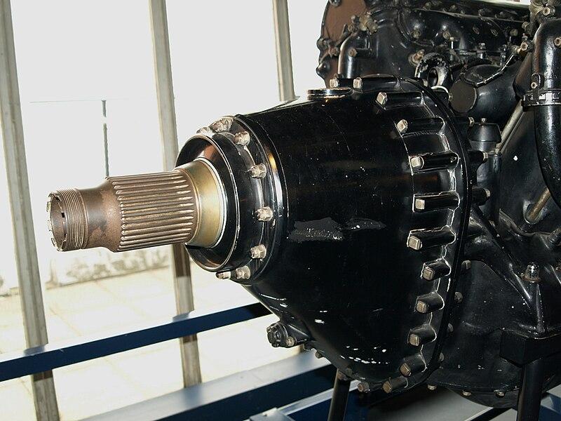 File:RollsRoyceRpropreductiongear.JPG