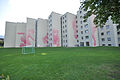 Rote Kinder, 2006, Judith Elmiger - Wohnsiedlung Heuried - 2014-09-25 - Bild 1.JPG